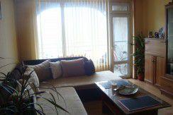 Двустаен панелен апартамент