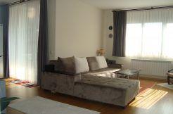 Тристаен апартамент-ново строителство в идеален център гр.Кърджали