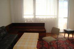 Двустаен тухлен апартамент в кв.,, Студен Кладенец ,,