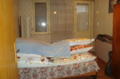 Тристаен тухлен апартамент в център гр.Кърджали