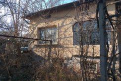 Едноетажна къща в с. Гарваново