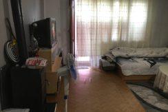 Двустаен монолитен апартамент в кв. Училищни