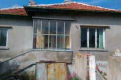 Едноетажна къща в с. Малево