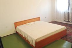 Тристаен апартамент в кв. Гагарин, гр. Пловдив