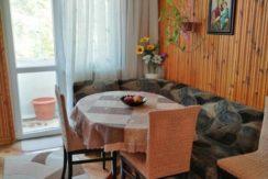 Тристаен апартамент в кв. Изгрев, гр. Пловдив