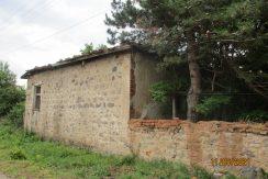 Имот с голям двор община Минерални бани област Хасково