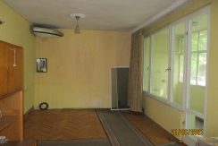 Тристаен апартамент в центъра на гр. Хасково