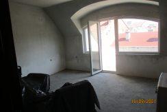 Тристаен апартамент в Център гр.Хасково